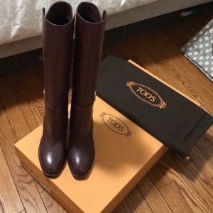Tods Tall Leather Boots